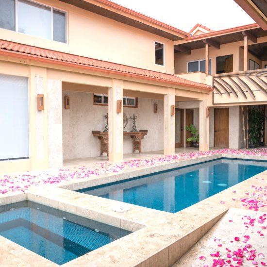 Janet Jackson House | ジャネットジャクソン邸 大人ウェディング ハワイ マウイ ニューヨーク 海外挙式 カマアオレ・ウェディング