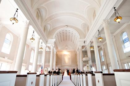 セントラル・ユニオン教会 | Central Union Church Sanctuary 大人ウェディング ハワイ マウイ ニューヨーク 海外挙式
