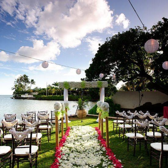 大人ウェディング ハワイ マウイ ニューヨーク 海外挙式 カマアオレ・ウェディングジョン・トラボルタ邸 | John Travolta House